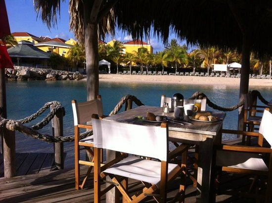Lions Dive & Beach Resort Curacao: Ontbijt