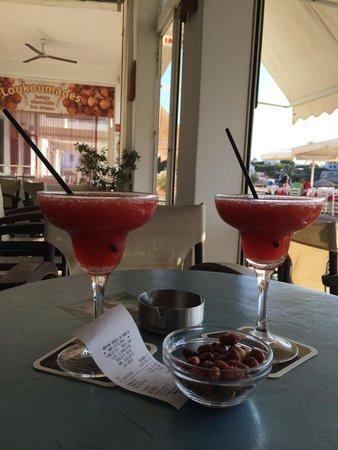 Meltemi Cafe: Très bons daiquiri fraise !