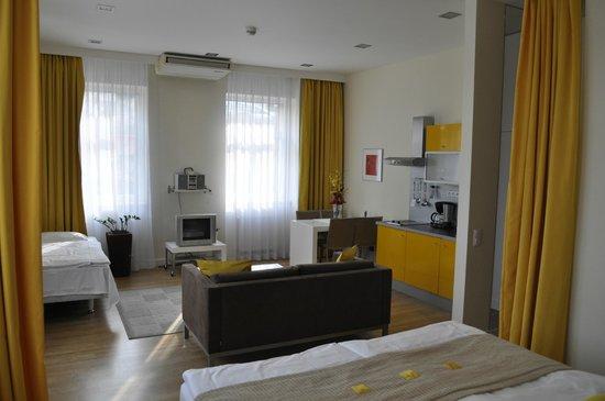 Mamaison Residence Sulekova Bratislava: Room View, living area