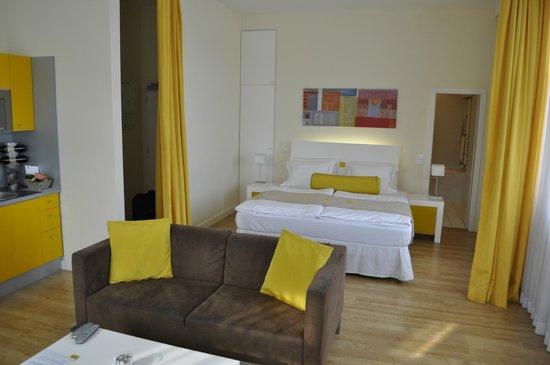 Mamaison Residence Sulekova Bratislava: Room View, bed area