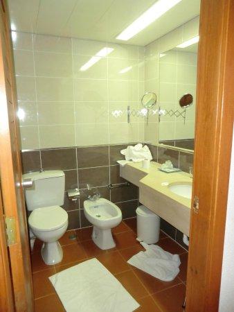 Hotel Baia Cristal: bagno