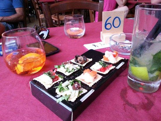 Agora Hostel : L'aperitivo