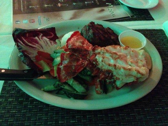 Avalon Hotel: Ужин лобстер и стейк
