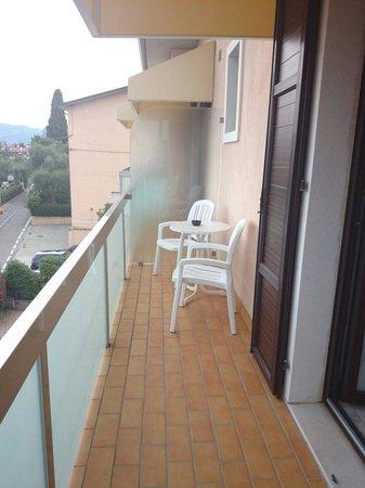 Hotel Villa Olivo: Balkon