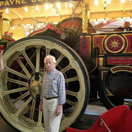 The Scarborough Fair Collection: Steam engine