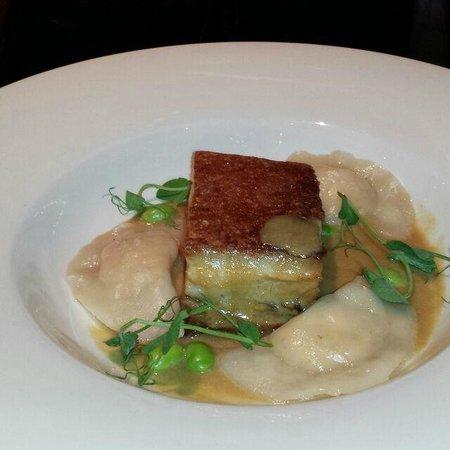 Jervois Steak House Queenstown : Crispy Pork Belly with prawn dumpling