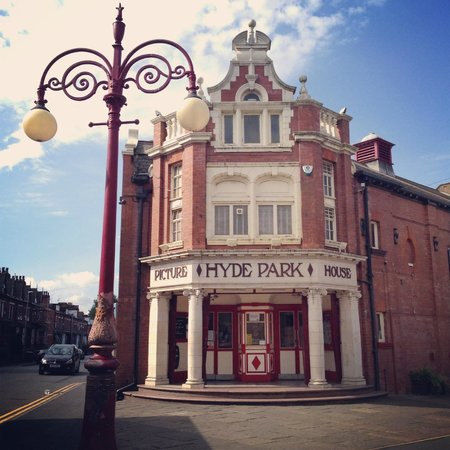 ‪Hyde Park Picture House‬