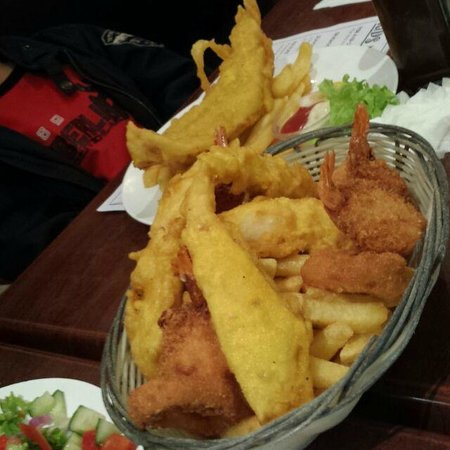 Pj's Fish and Chip Shop: Large fisherman's basket and batter fish
