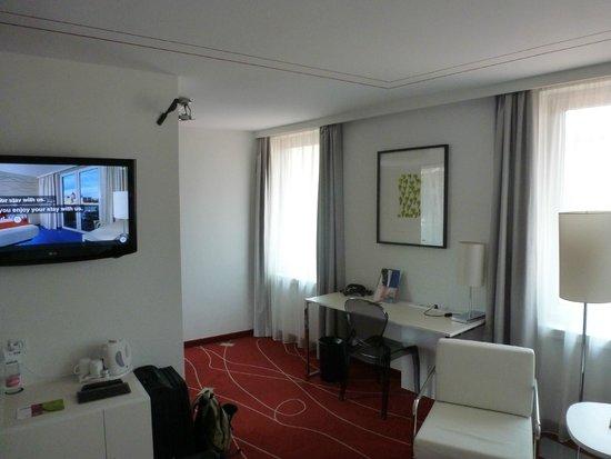 art'otel budapest: Work Area