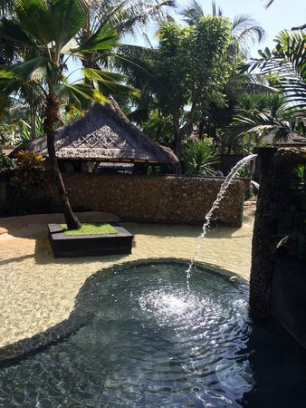 The St. Regis Bali Resort: Hotel Grounds