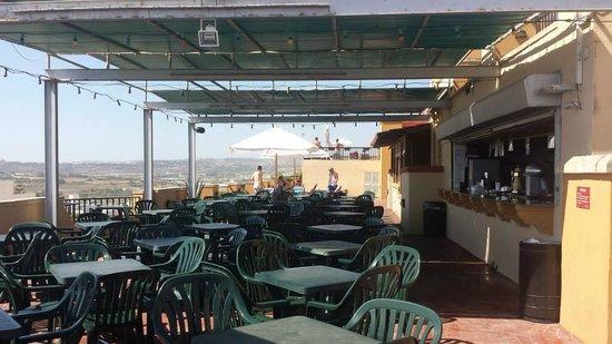 Soreda Hotel: bar area