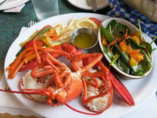 Parkland Village Inn: Lobster dinner