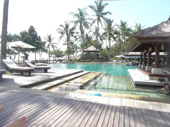 INTERCONTINENTAL Bali Resort : Shallow pool area for kids