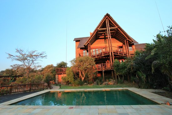 Kololo Game Reserve: @ Kololo: restaurant