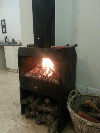 Riverside Cottages at La Bourgogne: fireplace