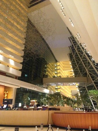 лобби Marina Bay Sands