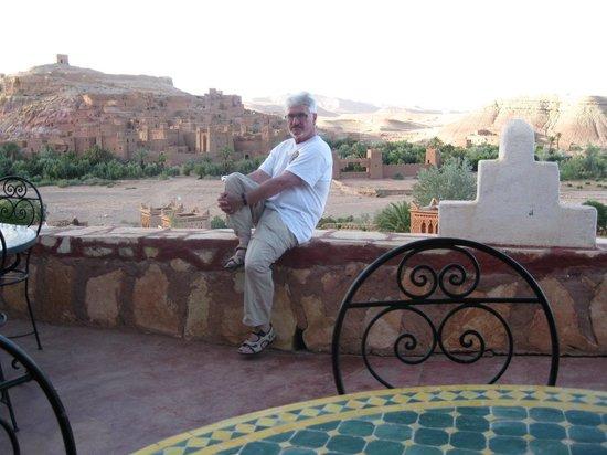 Dar Mouna : Blick von der Terrasse auf die Altstadt