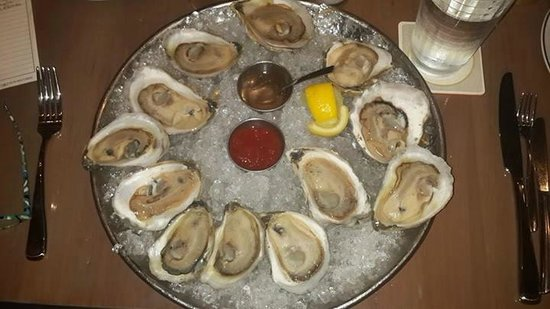 Island Creek Oyster Bar: the medium oysters