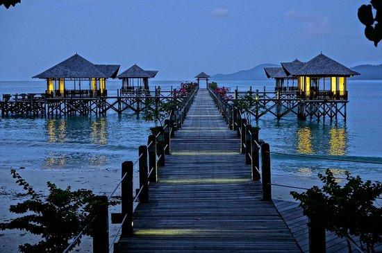 Bunga Raya Island Resort & Spa: Пирс