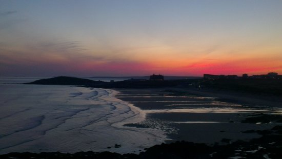 Fistral Beach Hotel and Spa : Sunrise over Fistral Beach