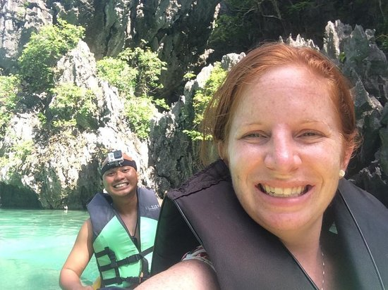 El Nido Resorts Miniloc Island : Kayaking in the Small Lagoon