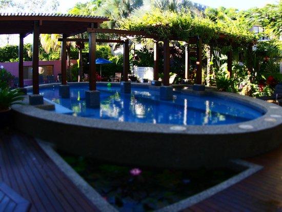 Freestyle Resort Port Douglas: Pool