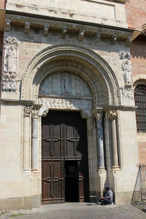 Basilique Saint-Sernin : Entrance