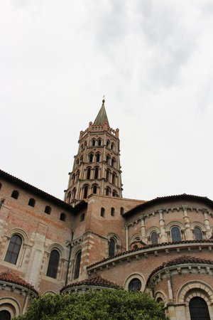 Basilique Saint-Sernin: view from a far