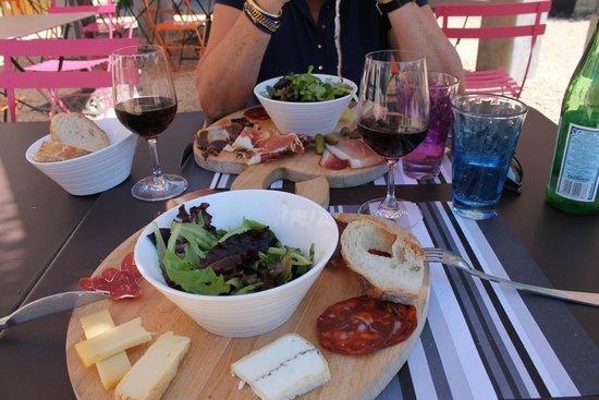 La Table de Chapaize: La planche charcuterie / fromages