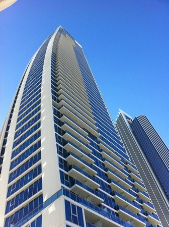 Hilton Surfers Paradise Hotel: Hotel's outlook is nice