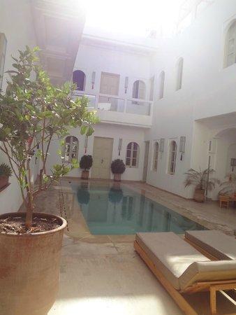 Riad Marrabahia: vue du salon