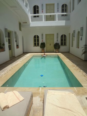 Riad Marrabahia : piscine