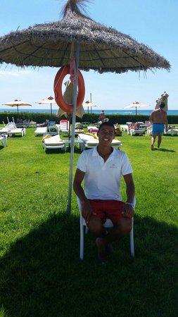 Iberostar Averroes: Cheery lifeguard