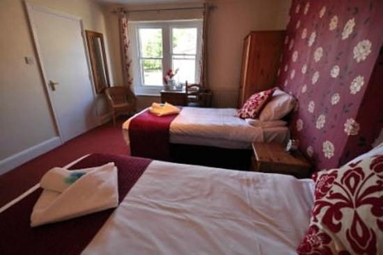 The Rose & Crown : Twin / Super King Size Room