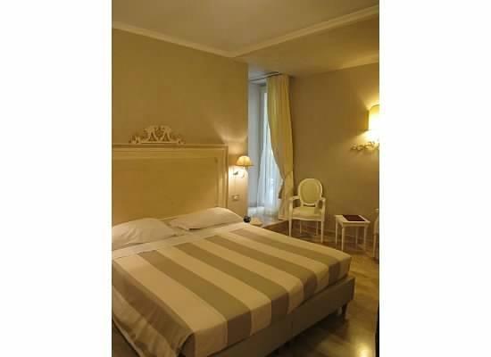 La Colonnina Hotel: Our room