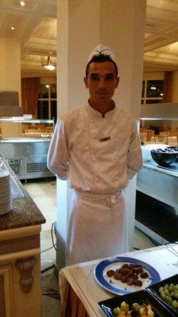 IBEROSTAR Averroes: Happy friendly dessert chef