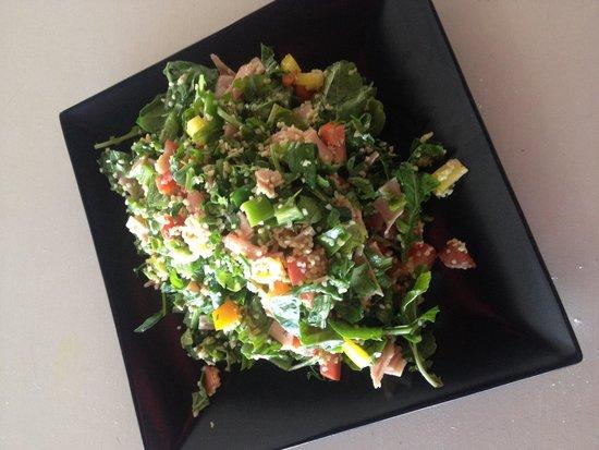 Dazur Restaurant Cocktail Bar: Arugula salad