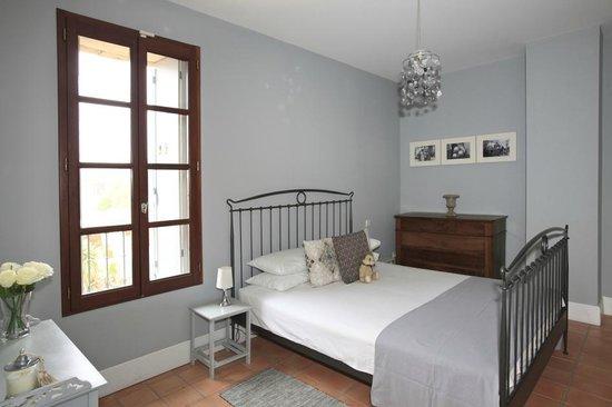 Maison Dix: Picpoul bedroom