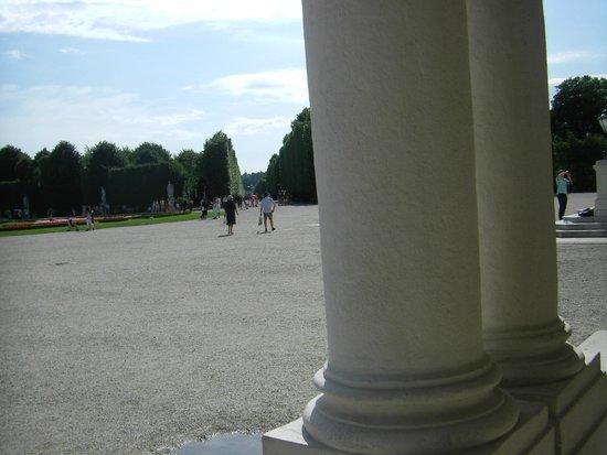 Schonbrunner Gardens: От дворца