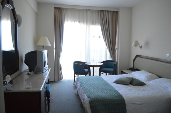 Aquamare Beach Hotel & Spa: Room with seaview(411)