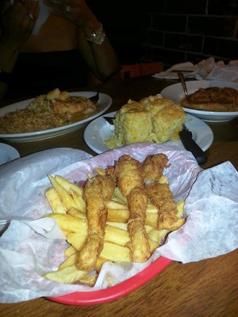 Frilly's Seafood Bayou Kitchen: Frog legs, cornbread, etc....