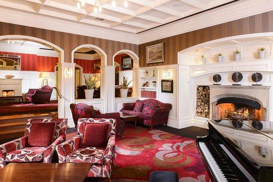 The Killarney Park Hotel: Hotel Lobby