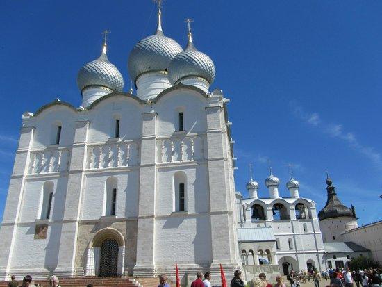 Assumption Cathedral : Успенский Собор и звонница