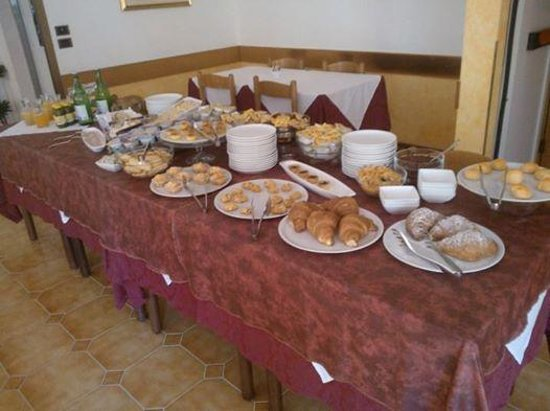 Hotel Santa Caterina: questo è il buffet della colazione, rigorosamente tutto fatto in casa!