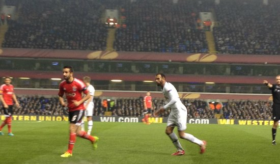 White Hart Lane: Sandro during Europa League game against Benfica