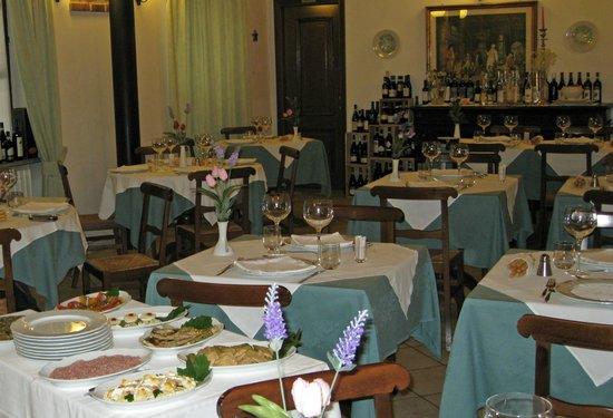 La Vecchia Carrozza: Restaurant interior