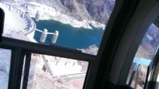 Dam Helicopter Company: Hoover Dam from the sky!