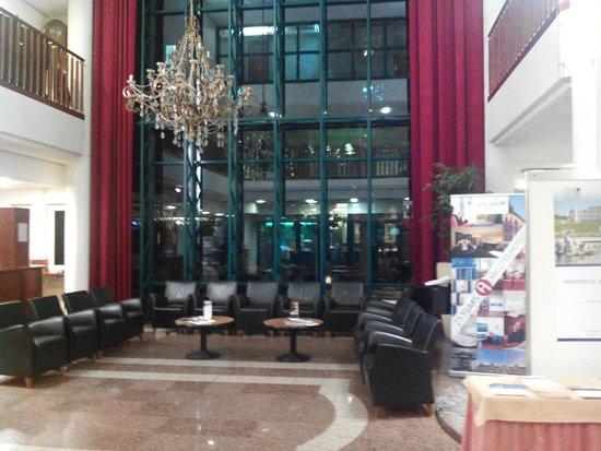 Arcotel Wimberger Hotel : le hall de l'hôtel