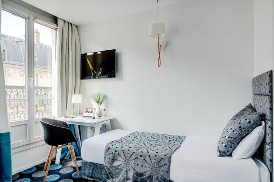 Hotel Astoria - Astotel: CHAMBRE TRIPLE/TRIPLE ROOM