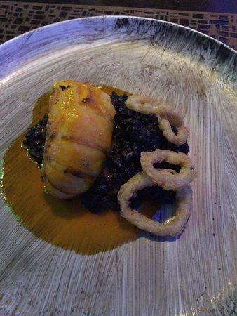 Zest Restaurant: Lobster with squid ink risotto delicious